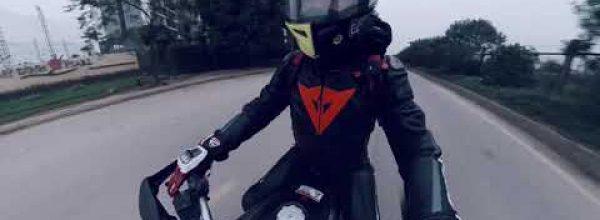 Why we ride ✓ Cặp đôi Yamaha R1 Ducati Hypermotard chạy tour Hoà Bình Mai Châu