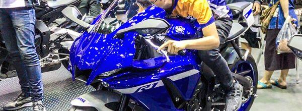 Trên yên Yamaha R1 2020 kèm giá bán: Cá Trê đã lột xác thành Rắn Hổ Mang