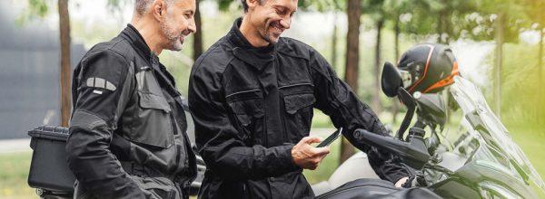 Bosch giới thiệu công nghệ màn hình chia đôi đầu tiên dành cho xe mô tô